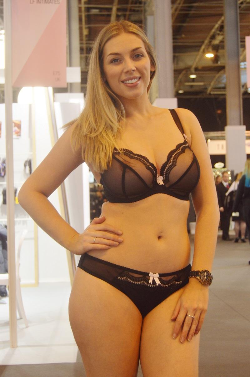 free pics mature amateur underwear - xxx photo